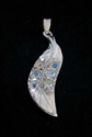 Picture of 21 x STERLING SILVER PENDANTS FEATHER WITH 6 ROUND CUT BLUE FIRE MOONSTONES WHOLESALE-LOT