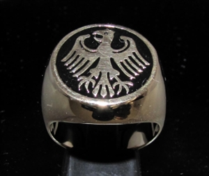 Picture of 21 x BRONZE MEN'S SIGNET RINGS GERMAN EAGLE COAT OF ARMS GERMANY BLACK WHOLESALE-LOT