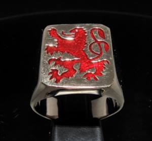 Picture of 21 x BRONZE MEN'S SIGNET RINGS BAVARIAN RAMPAGN LION COAT OF ARMS DARK RED WHOLESALE-LOT