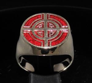 Picture of 21 x BRONZE MEN'S SIGNET RINGS CELTIC CROSS BULLS EYE TARGET DARK RED WHOLESALE-LOT