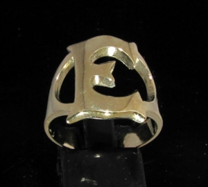 Picture of 21 x BRONZE RINGS INITIAL RINGS ONE 1 CAPITAL BLOCK LETTER E WHOLESALE-LOT