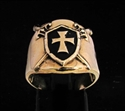 Picture of 21 x BRONZE TEMPLAR KNIGHT RINGS CROSSED SWORDS BEHIND SHIELD BLACK WHOLESALE-LOT