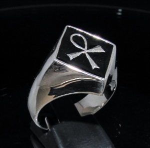 Picture of 21 x DIAMOND SHAPED STERLING SILVER MEN'S SIGNET RINGS EGYPTIAN ANKH CROSS SYMBOL BLACK WHOLESALE-LOT