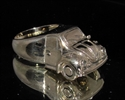 Picture of 21 x BRONZE COLLECTOR'S RINGS WITH WITH A VOLKWAGEN VW BEATLE FRONT WHOLESALE-LOT