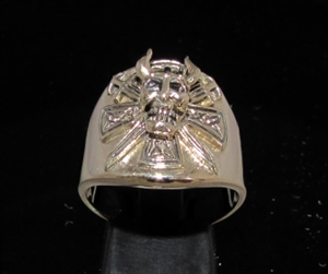 Picture of 21 x BRONZE MEN'S RINGS VIKING SKULL WARRIOR WITH CROSS AND SWORDS ANTIQUED WHOLESALE-LOT