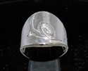 Picture of 21 x ROUND STERLING SILVER ZODIAC MEN'S RINGS STAR SIGN CAPRICORN SYMBOL HIGH POLISHED WHOLESALE-LOT
