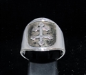 Picture of 21 x ROUND STERLING SILVER MEN'S BAND RINGS SHIELD WITH CROSS LORRAINE ANTIQUED WHOLESALE-LOT