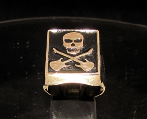 Picture of 21 x BRONZE HERO SIGNET RINGS SKULL WITH CROSSED GUITARS BLACK WHOLESALE-LOT