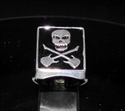 Picture of 21 x STERLING SILVER HERO SIGNET RINGS SKULL WITH CROSSED GUITARS BLACK WHOLESALE-LOT